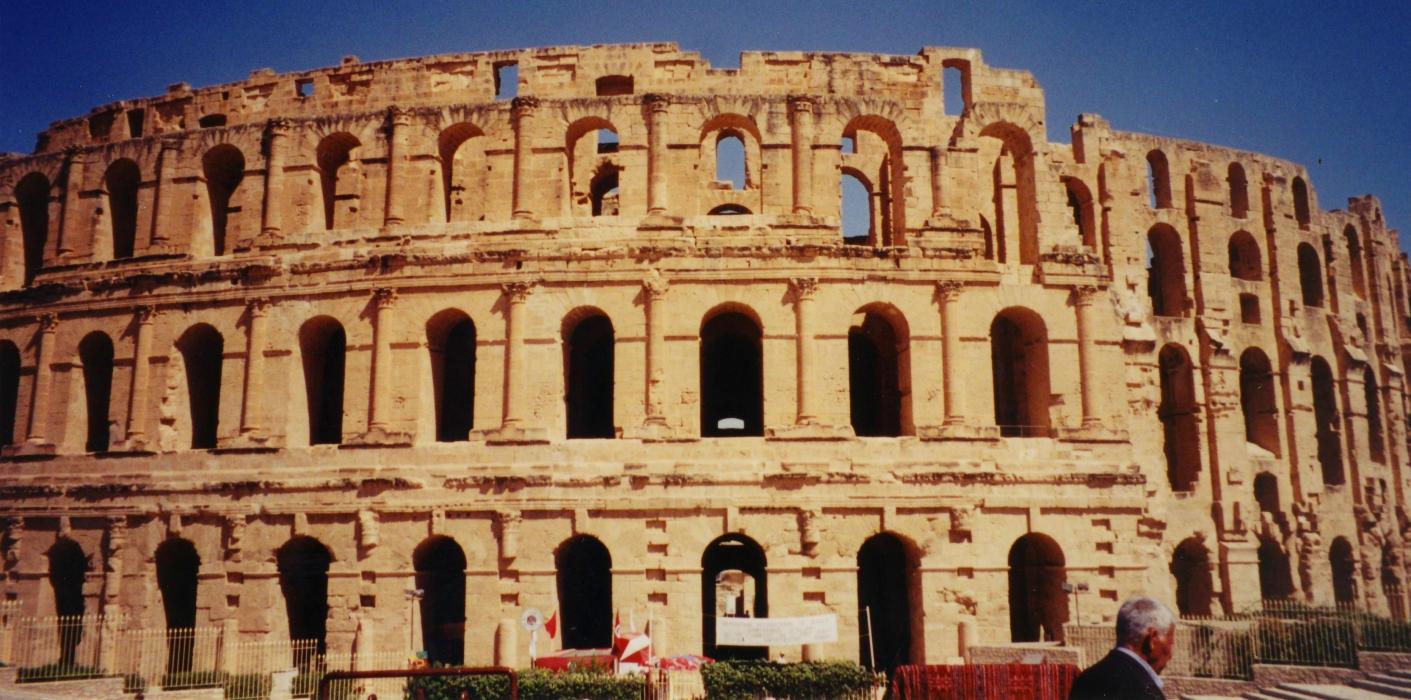 El-Jem, Tunisia — 2001 — A Roman Coliseum in the North ...